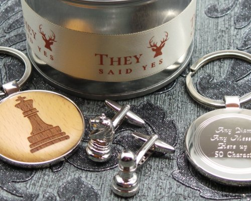 CHESS PERSONALISED WOOD KEYRING AND CUFFLINKS